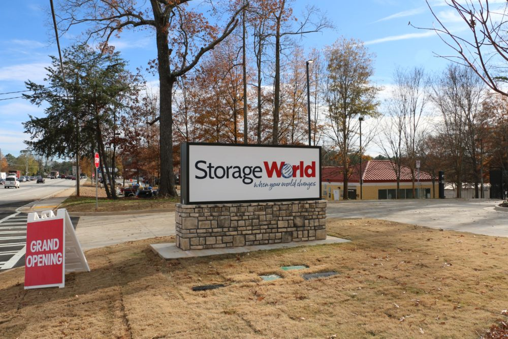 Storage World Flat Shoals Sign