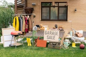 how to successfully have a garage sale
